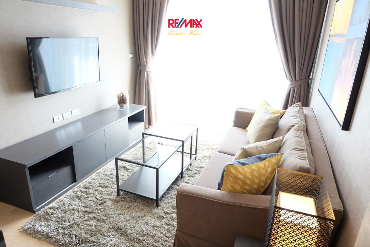 RE/MAX Executive Homes Agency's Stunning 1 Bedroom for Rent Via 49  1