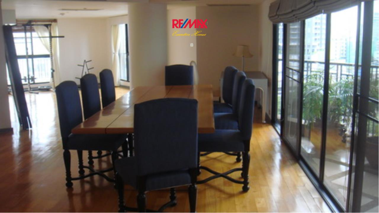 RE/MAX Executive Homes Agency's Spacious 3 Bedroom for Rent TBI Tower 10