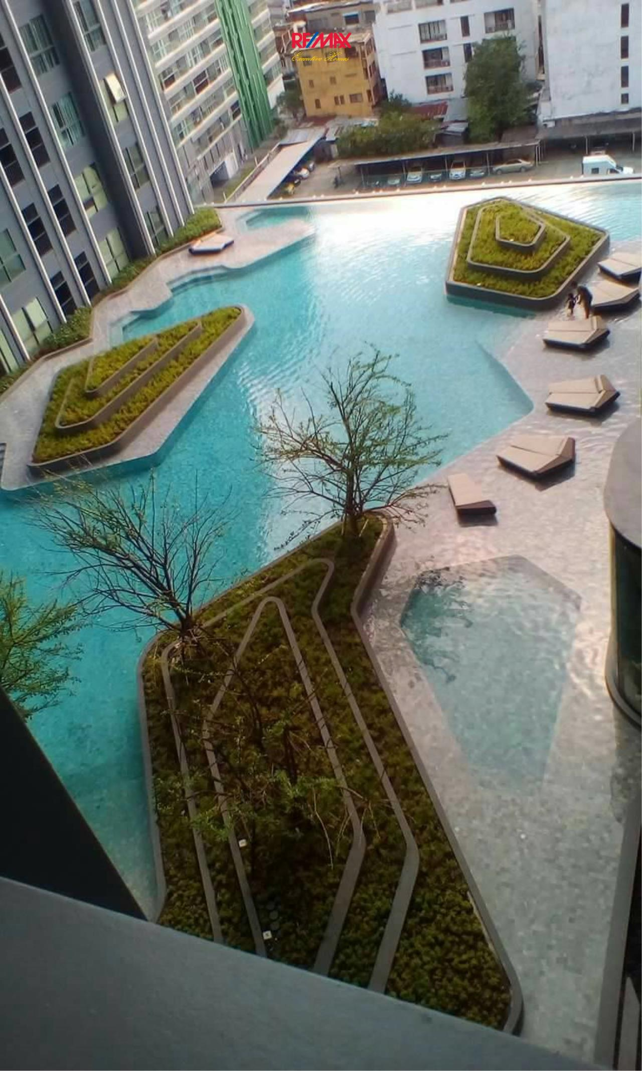 RE/MAX Executive Homes Agency's Nice 1 Bedroom for Rent Ideo Q Chula Samyan 2