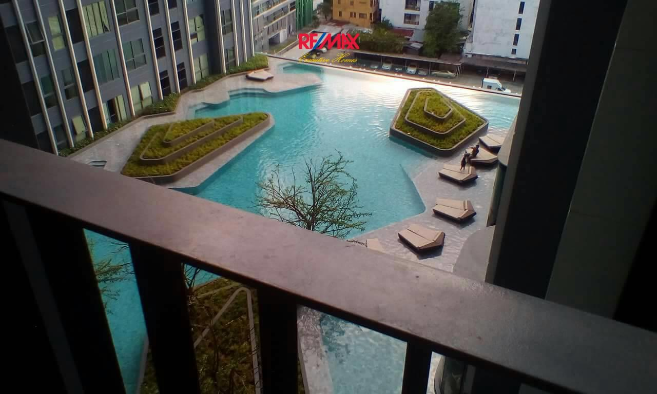 RE/MAX Executive Homes Agency's Nice 1 Bedroom for Rent Ideo Q Chula Samyan 3