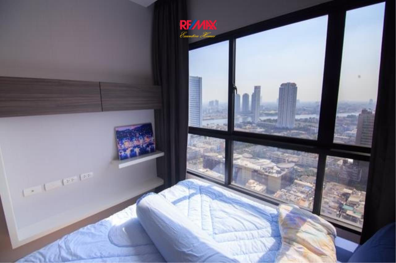 RE/MAX Executive Homes Agency's Stunning 1 Bedroom for Rent and Sale Urbano Absolute Sathorn-Taksin 2