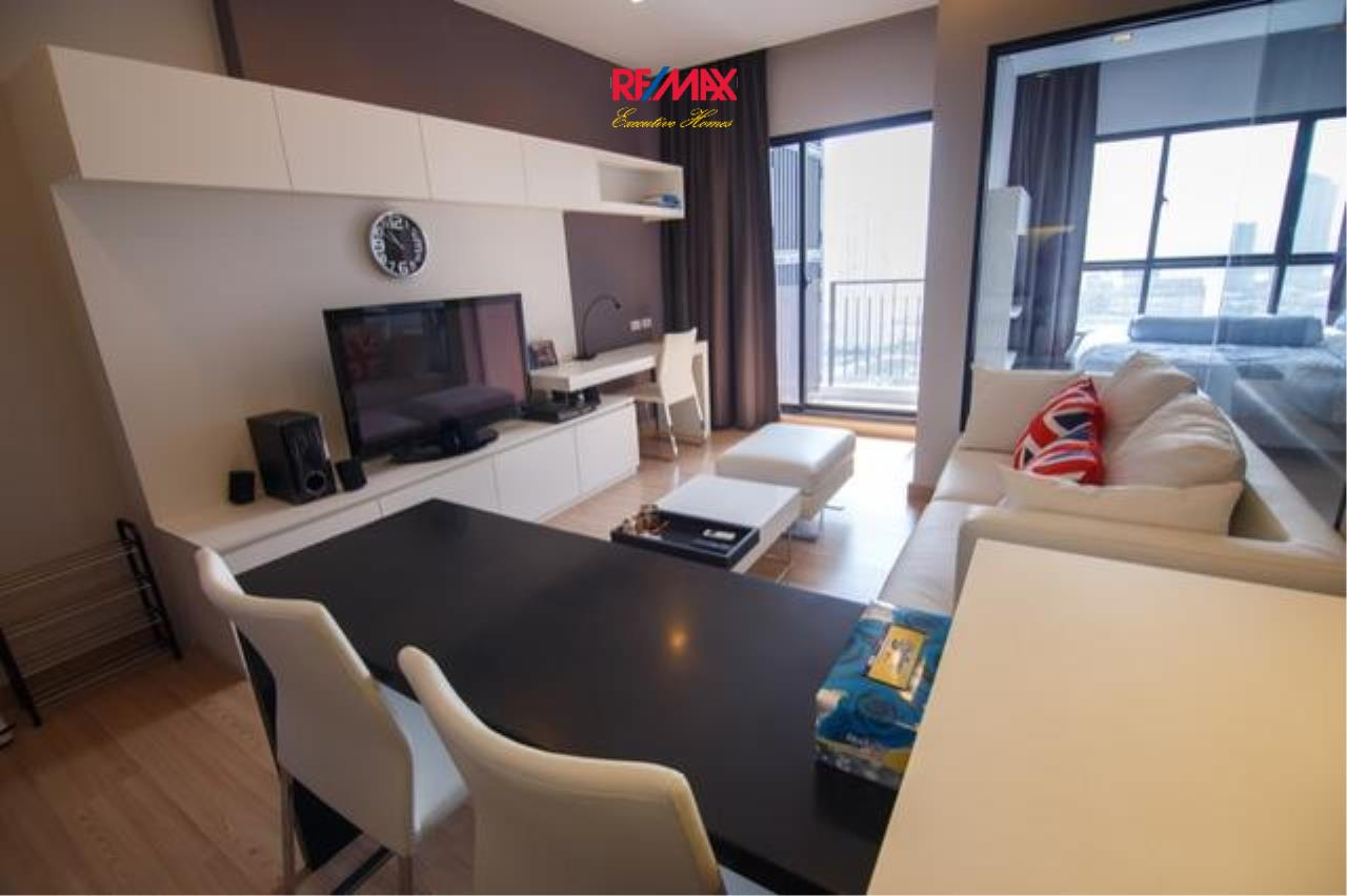 RE/MAX Executive Homes Agency's Stunning 1 Bedroom for Rent and Sale Urbano Absolute Sathorn-Taksin 1