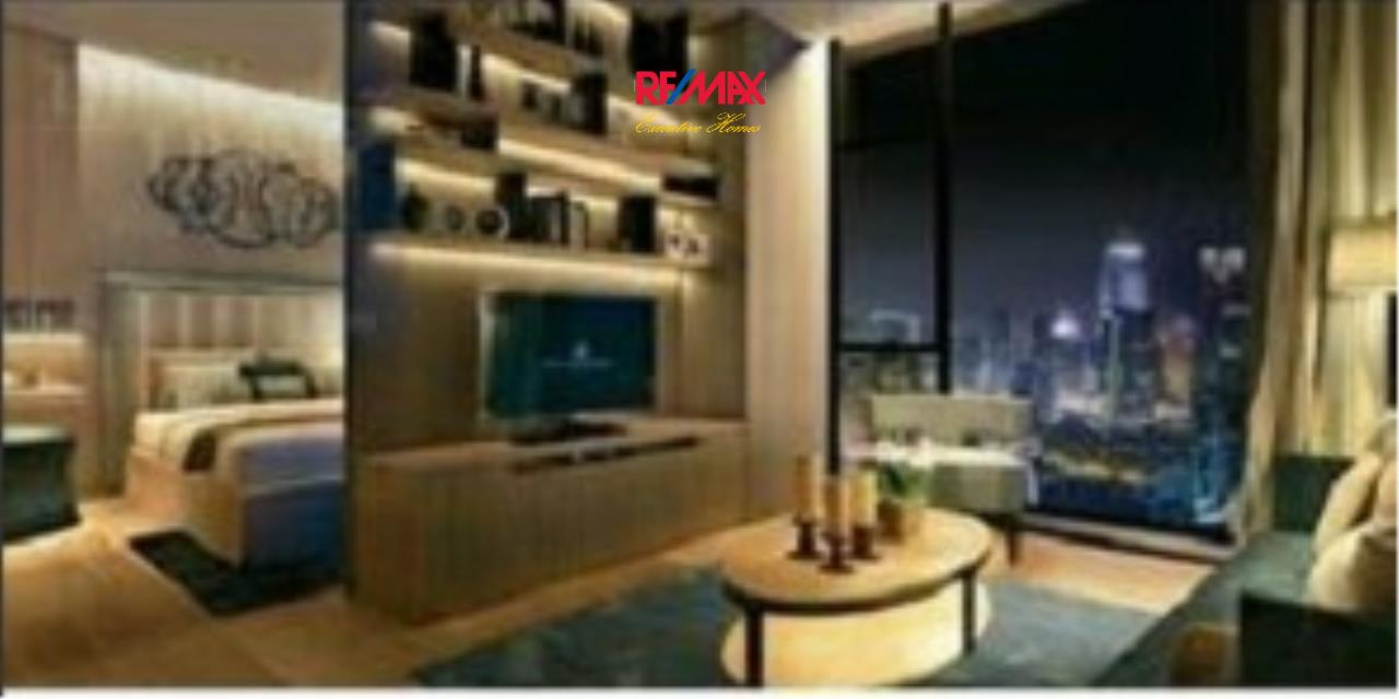 RE/MAX Executive Homes Agency's Spacious 1 Bedroom for Sale The Diplomat Sathorn 4
