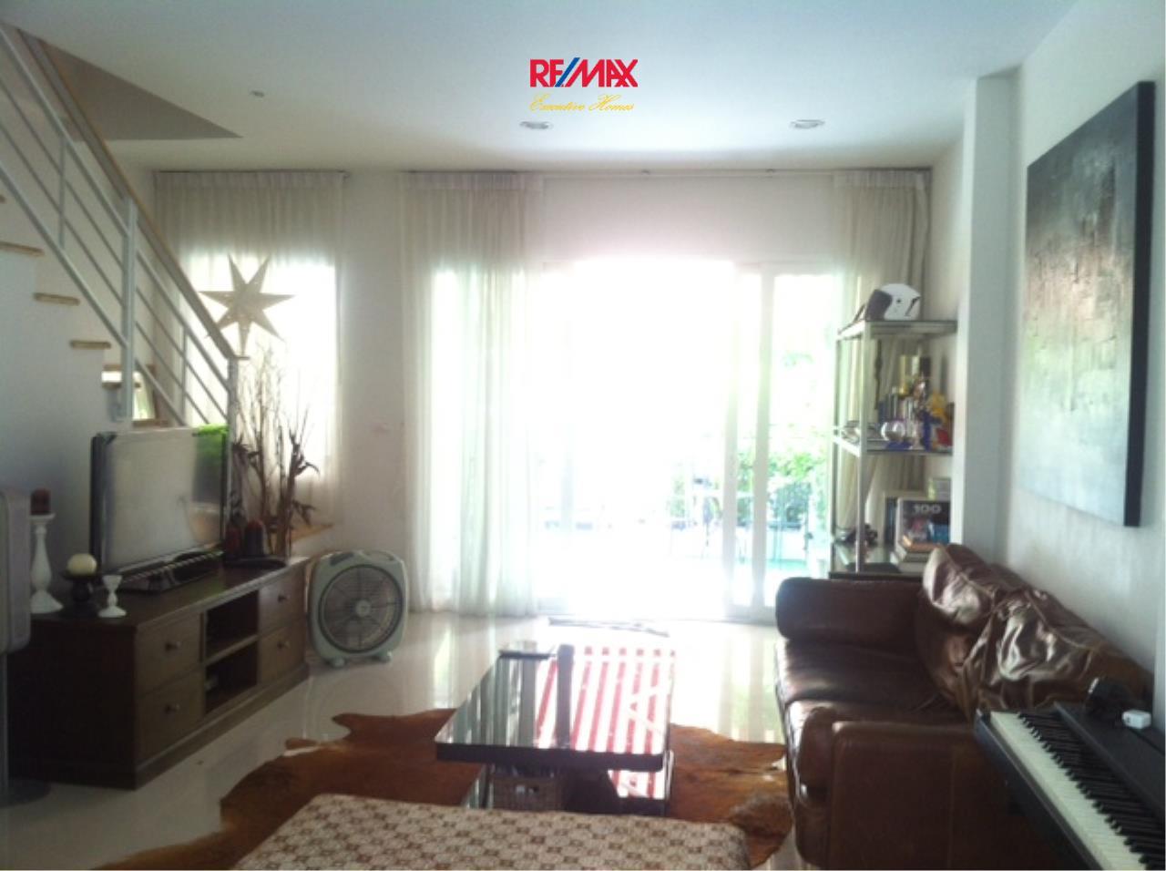 RE/MAX Executive Homes Agency's Nice 3 Bedroom Townhouse for Sale Baan Klang Muang s-sense Rama 9 - Ladprao 1
