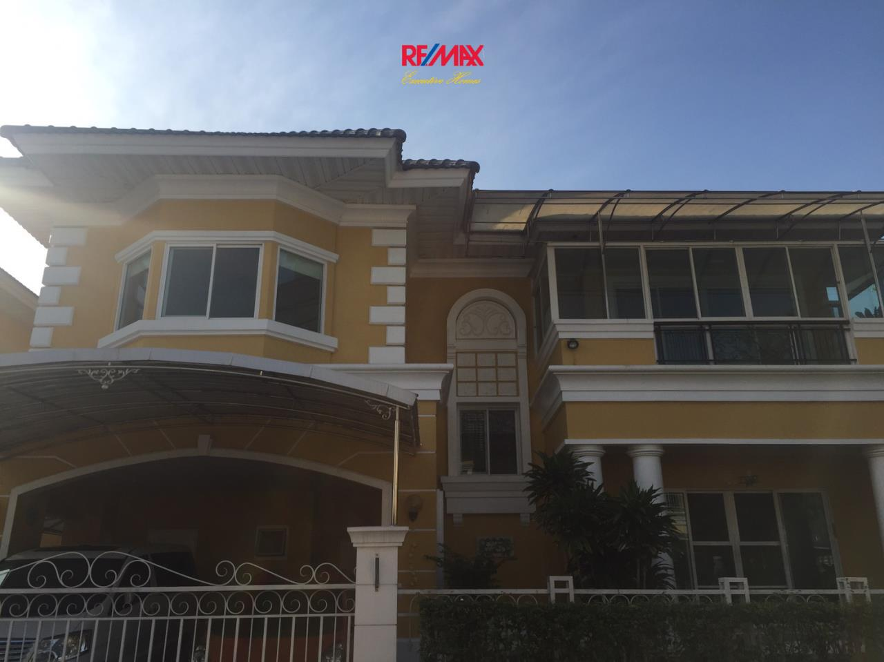 RE/MAX Executive Homes Agency's Beautiful 3 Bedroom House for Sale Euros Prime Village Ladkrabang 2