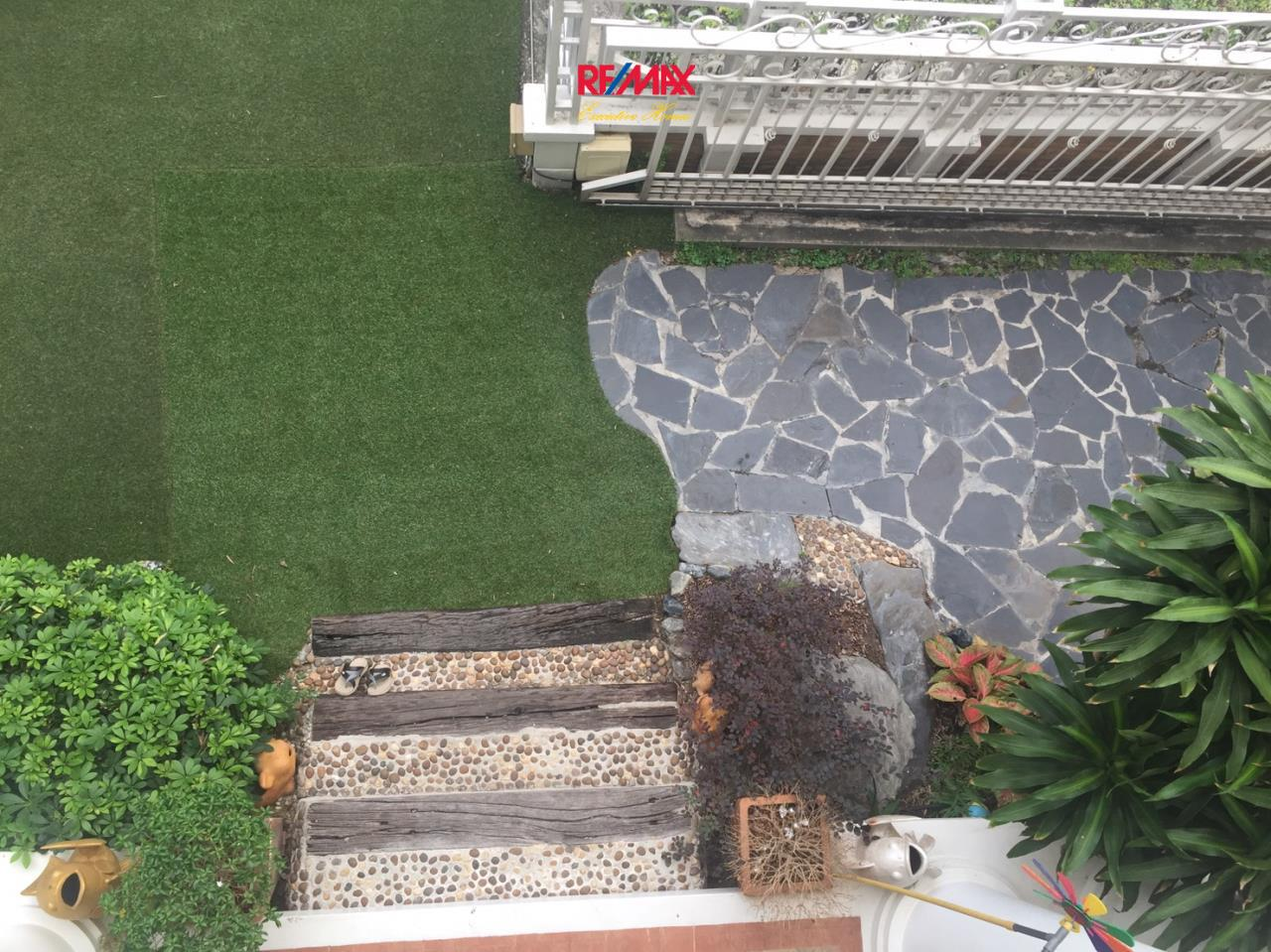 RE/MAX Executive Homes Agency's Beautiful 3 Bedroom House for Sale Euros Prime Village Ladkrabang 5