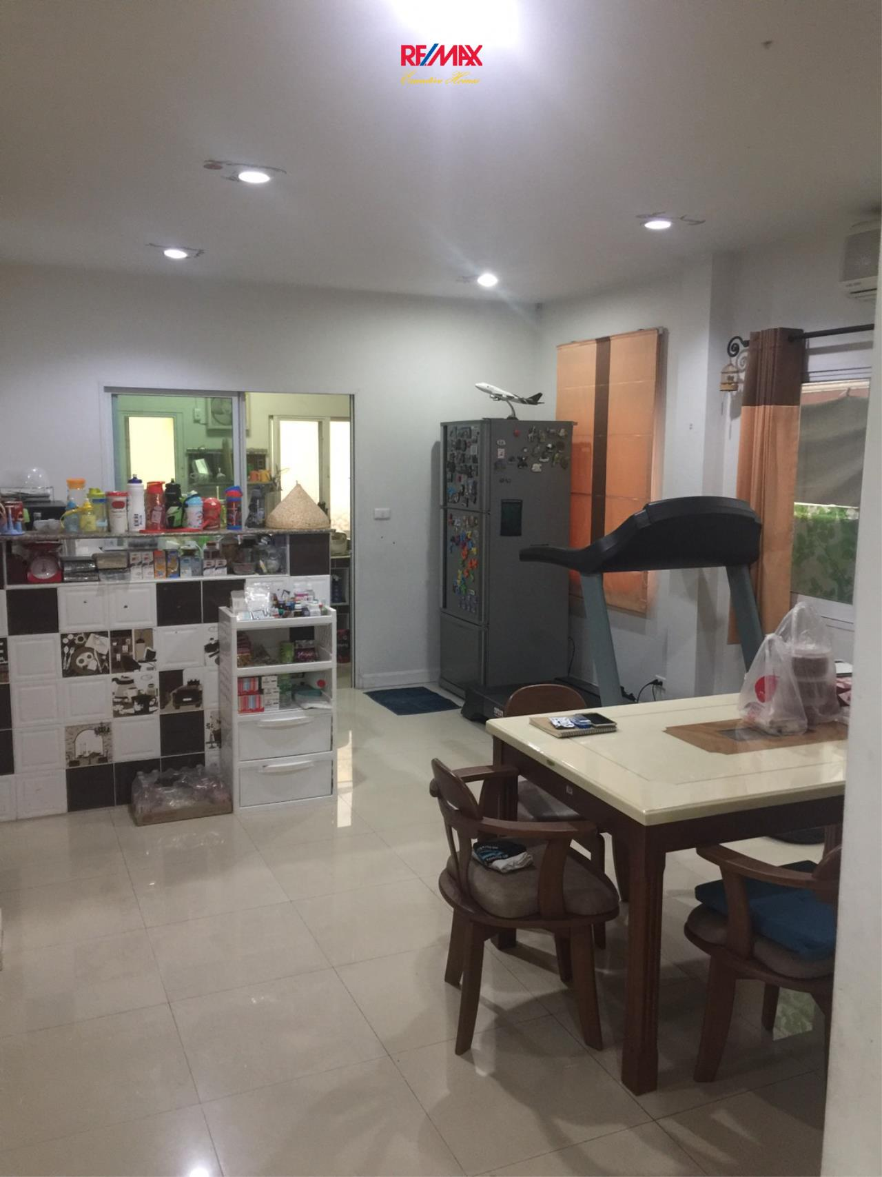 RE/MAX Executive Homes Agency's Beautiful 3 Bedroom House for Sale Euros Prime Village Ladkrabang 8