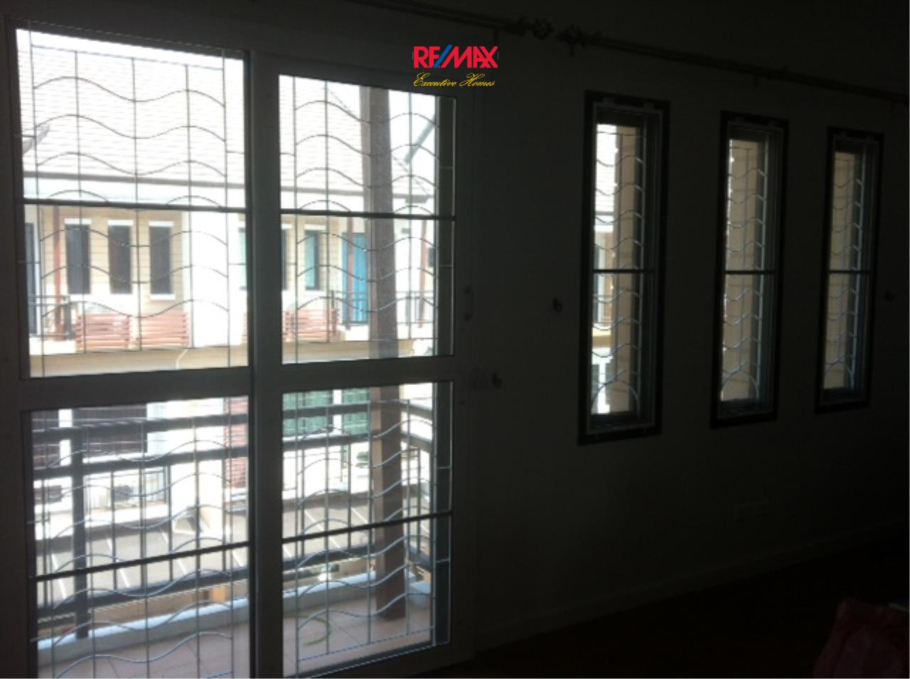 RE/MAX Executive Homes Agency's Nice 3 Bedroom House for Sale Moo Baan Time Home 25