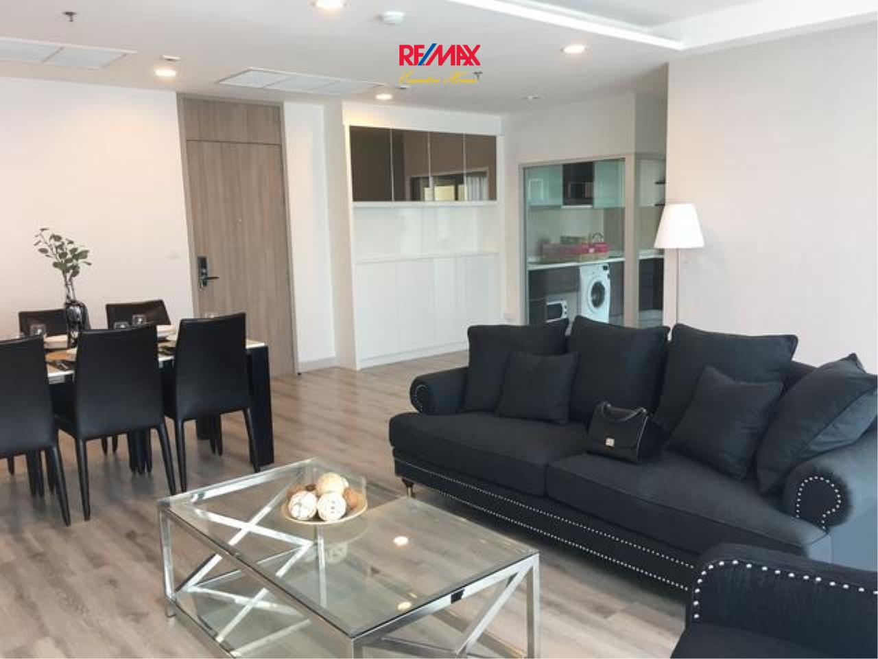 RE/MAX Executive Homes Agency's Stunning 2 Bedroom for Rent Centric Sathorn St. Louis 1