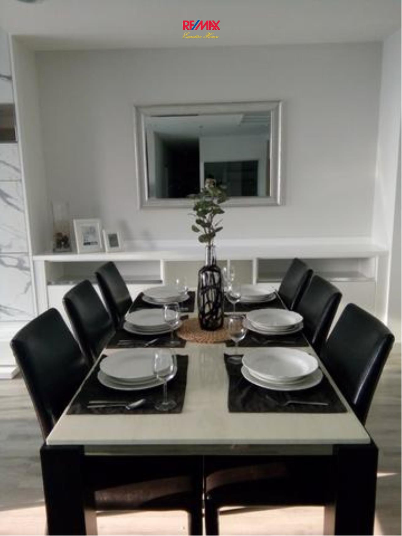 RE/MAX Executive Homes Agency's Stunning 2 Bedroom for Rent Centric Sathorn St. Louis 6