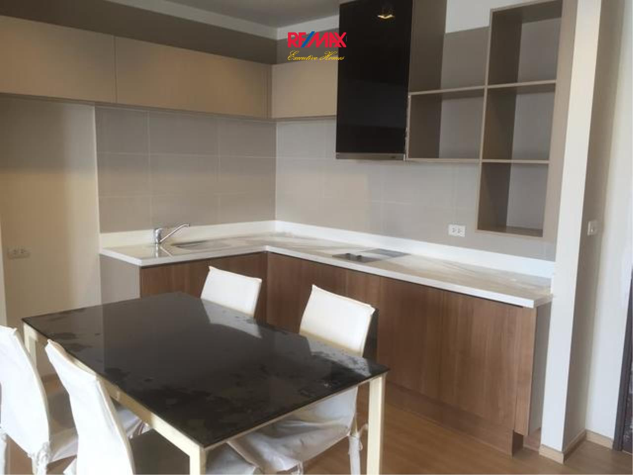RE/MAX Executive Homes Agency's Beautiful 2 Bedroom for Rent Rhythm Sathorn 5
