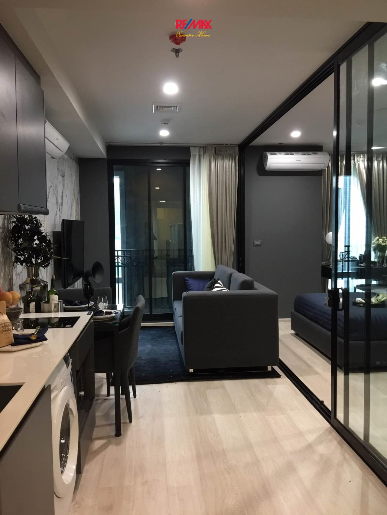 RE/MAX Executive Homes Agency's Brand New 1 Bedroom for Sale Venio Sukhumvit 10 3