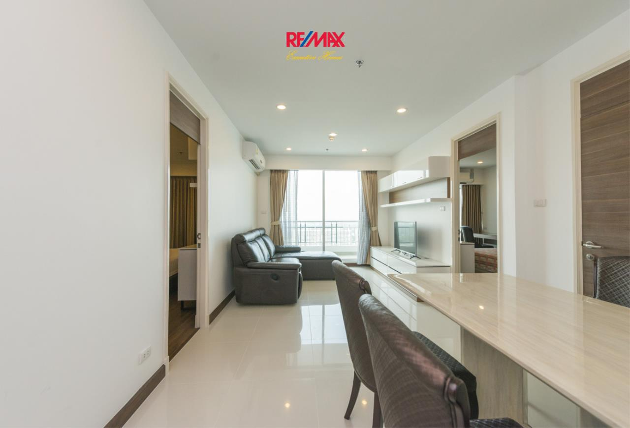 RE/MAX Executive Homes Agency's Stunning 2 Bedroom for Rent Supalai Prima Riva 2
