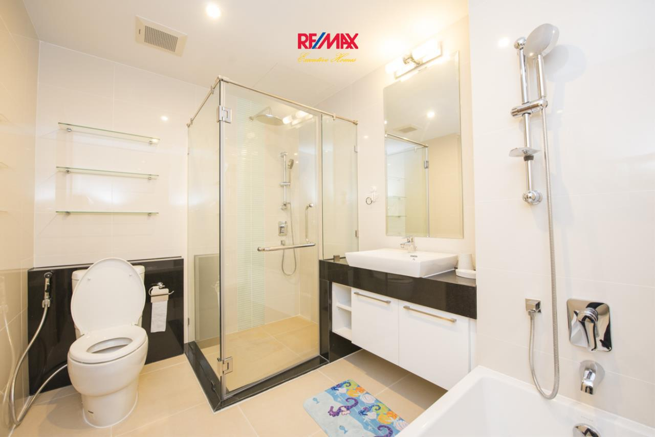 RE/MAX Executive Homes Agency's Stunning 2 Bedroom for Rent Supalai Prima Riva 15