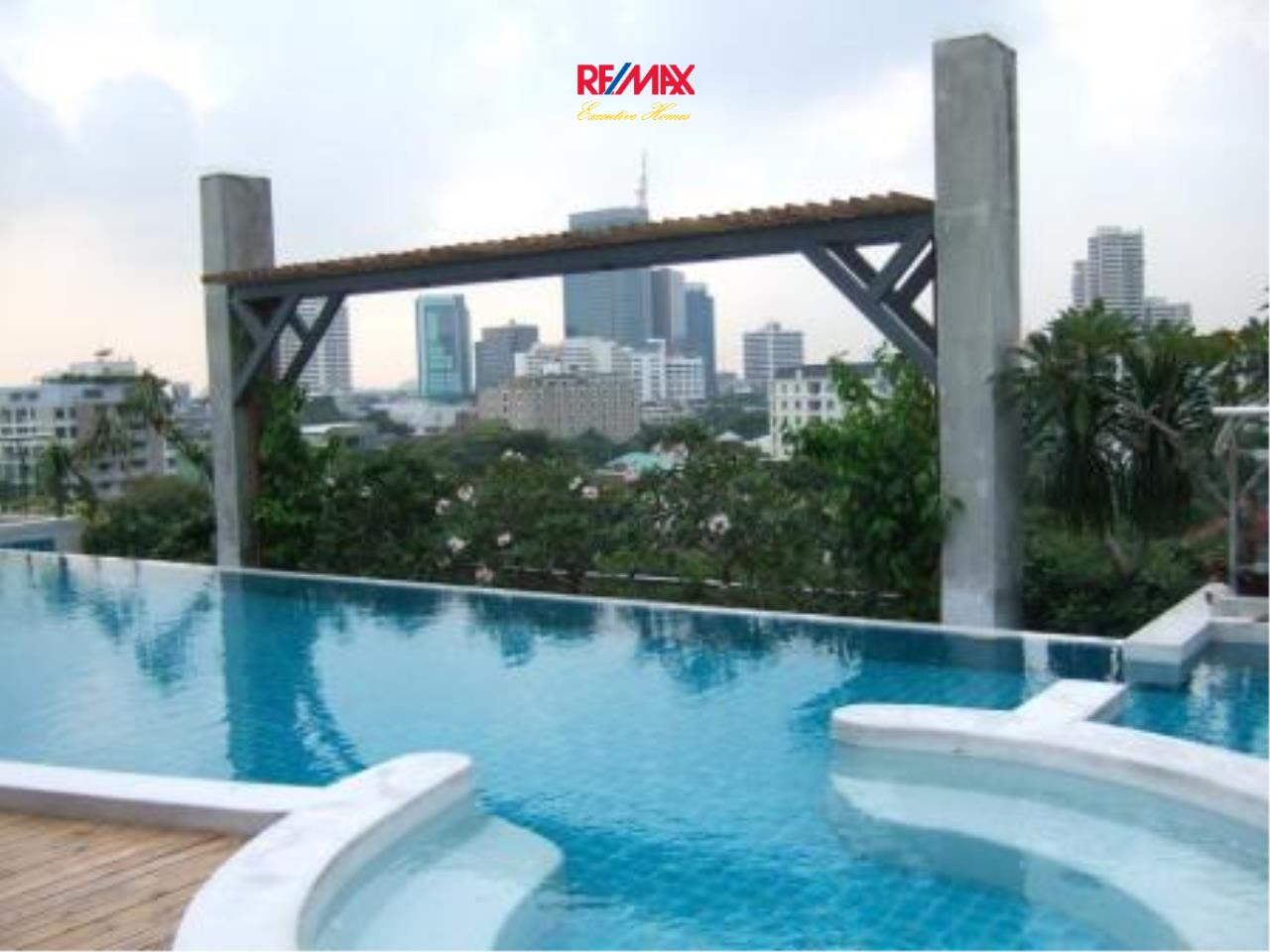 RE/MAX Executive Homes Agency's Spacious 1 Bedroom for Rent Von Napa Sukhumvit 38 7