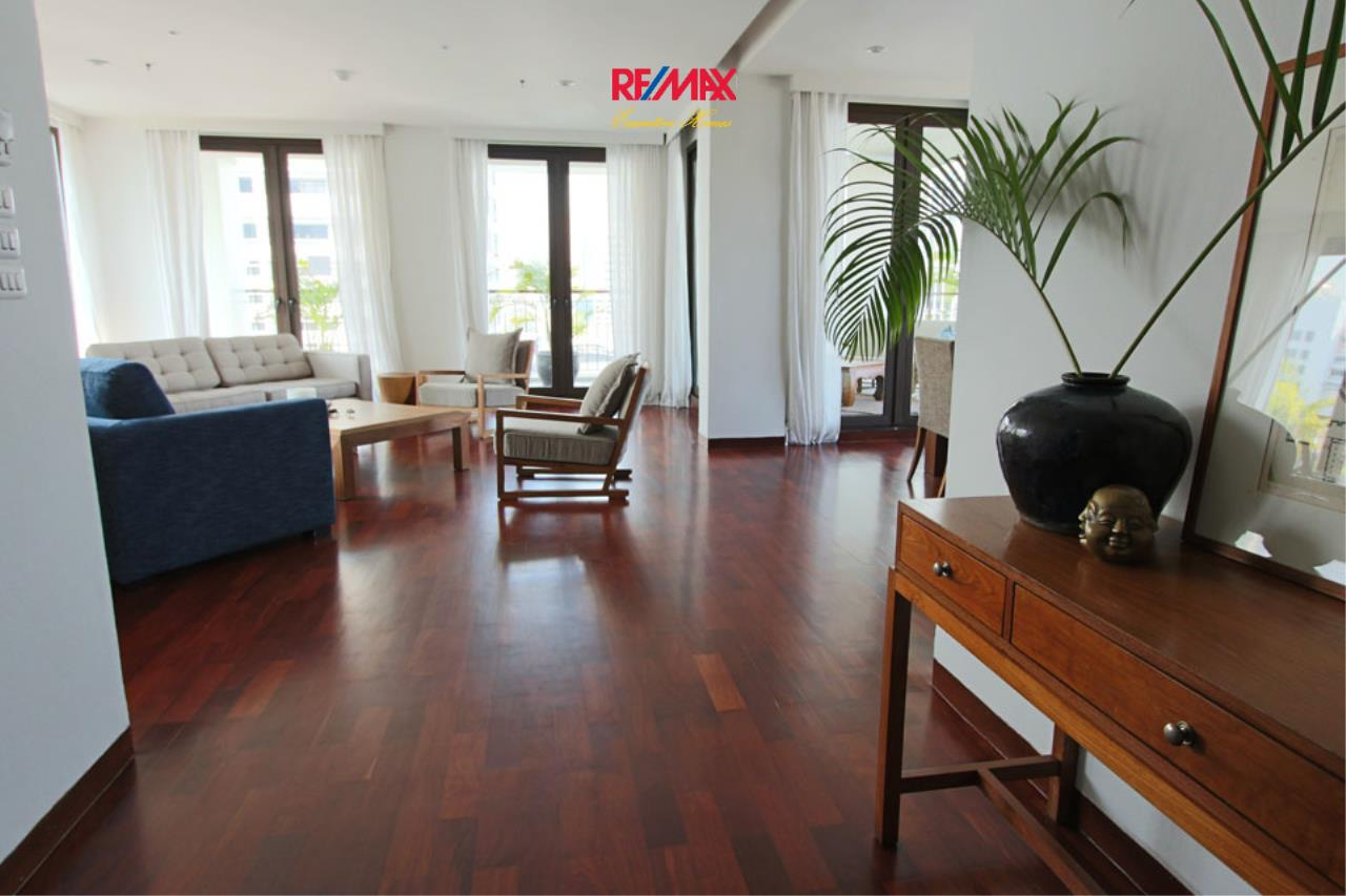RE/MAX Executive Homes Agency's Huge 4 BedrooM for Rent Panburi Sathorn 1
