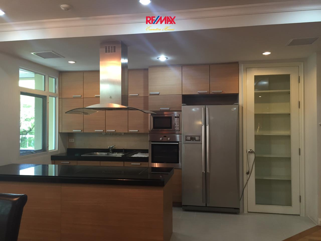 RE/MAX Executive Homes Agency's Spacious 3 Bedroom for Rent The Cadogan 15