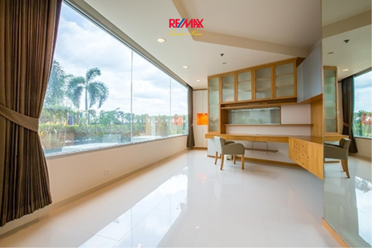 RE/MAX Executive Homes Agency's Spacious 1 Bedroom for Rent Baan Nonsi 2