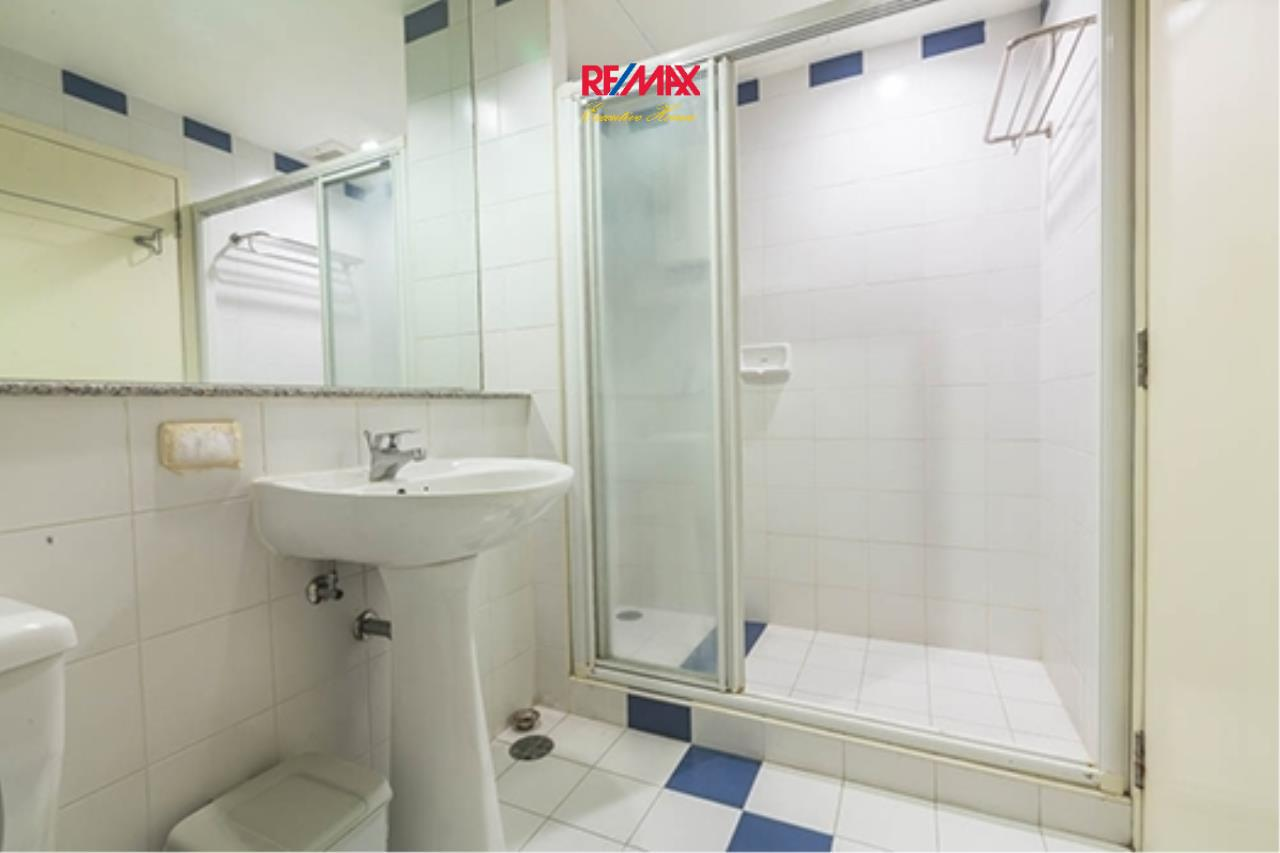 RE/MAX Executive Homes Agency's Spacious 1 Bedroom for Rent Baan Nonsi 13