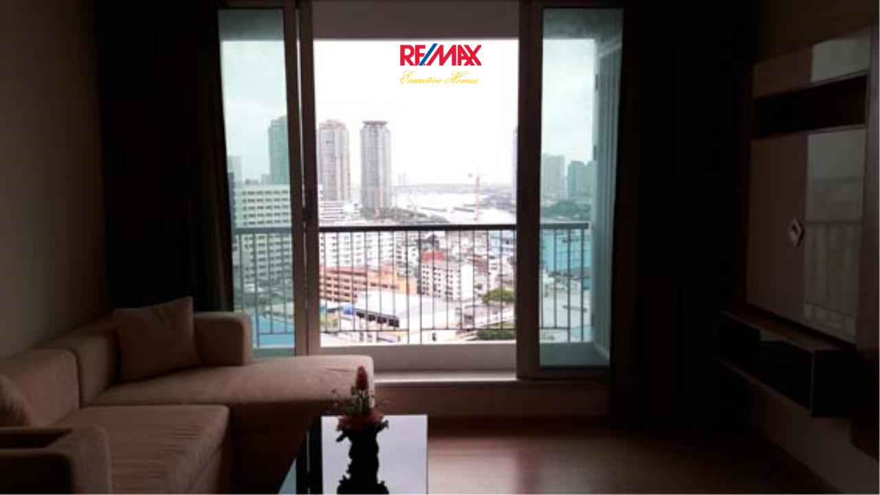 RE/MAX Executive Homes Agency's Nice 2 Bedroom for Rent Rhythm Sathorn 4
