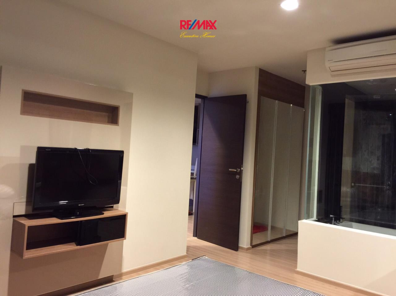RE/MAX Executive Homes Agency's Nice 2 Bedroom for Rent Rhythm Sathorn 3