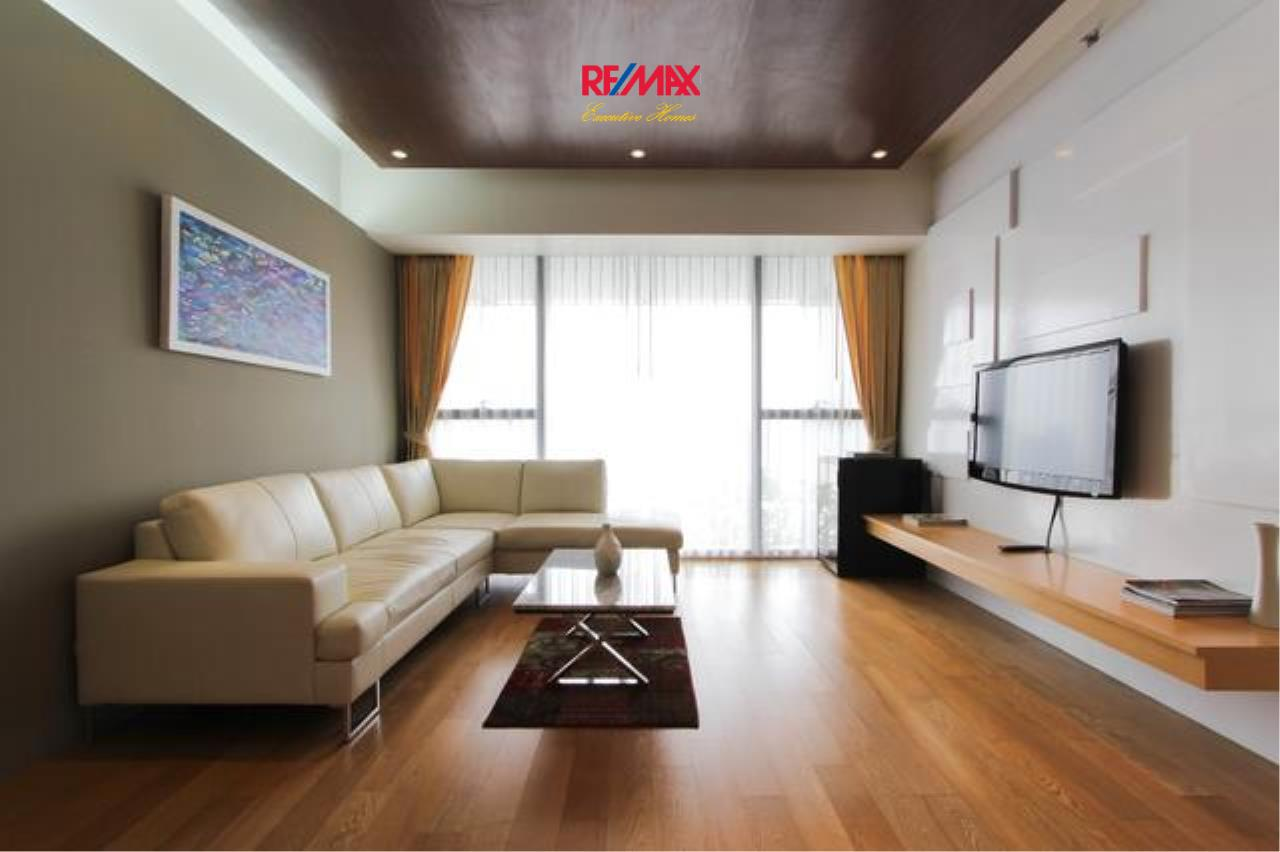 RE/MAX Executive Homes Agency's Beautiful 2 Bedroom for Rent The Met Sathorn 1