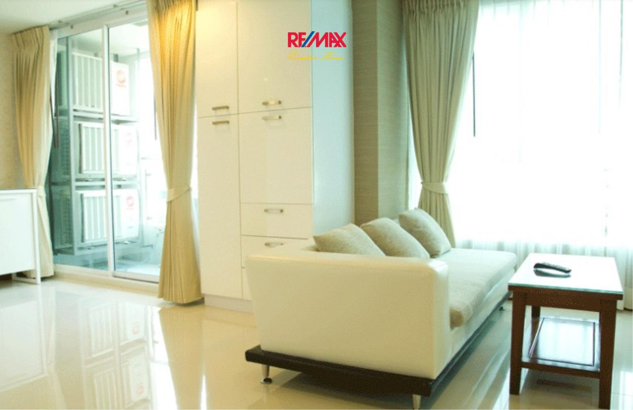 RE/MAX Executive Homes Agency's Stunning 1 Bedroom for Sale Sukhumvit Living Town 1