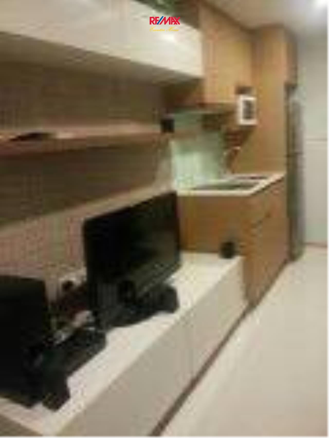 RE/MAX Executive Homes Agency's Nice 1 Bedroom for Rent Socio Ruamrudee 4