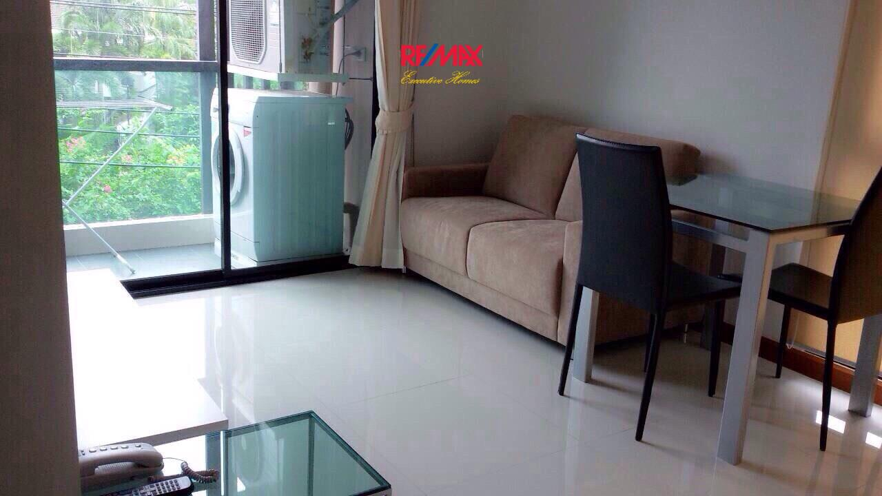 RE/MAX Executive Homes Agency's Nice 1 Bedroom for Rent Le Cote Thonglor 1
