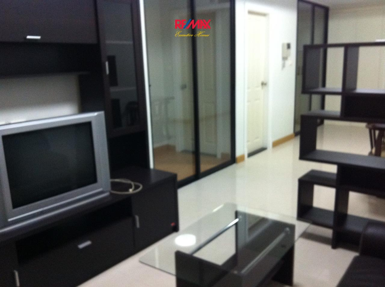 RE/MAX Executive Homes Agency's Spacious 1 Bedroom for Rent Supalai Premier Asoke 3