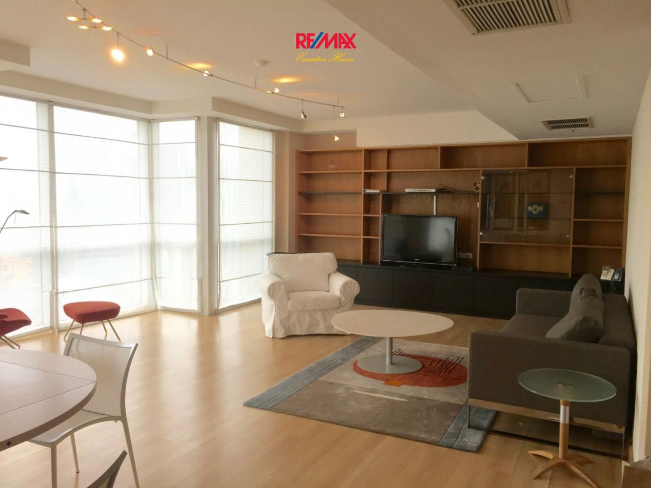 RE/MAX Executive Homes Agency's Spacious 2 Bedroom for Rent Langsuan Ville 3