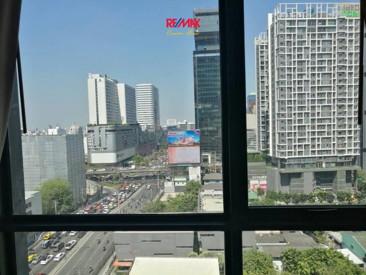 RE/MAX Executive Homes Agency's Nice 1 Bedroom for Rent Rhythm Asoke 2 3