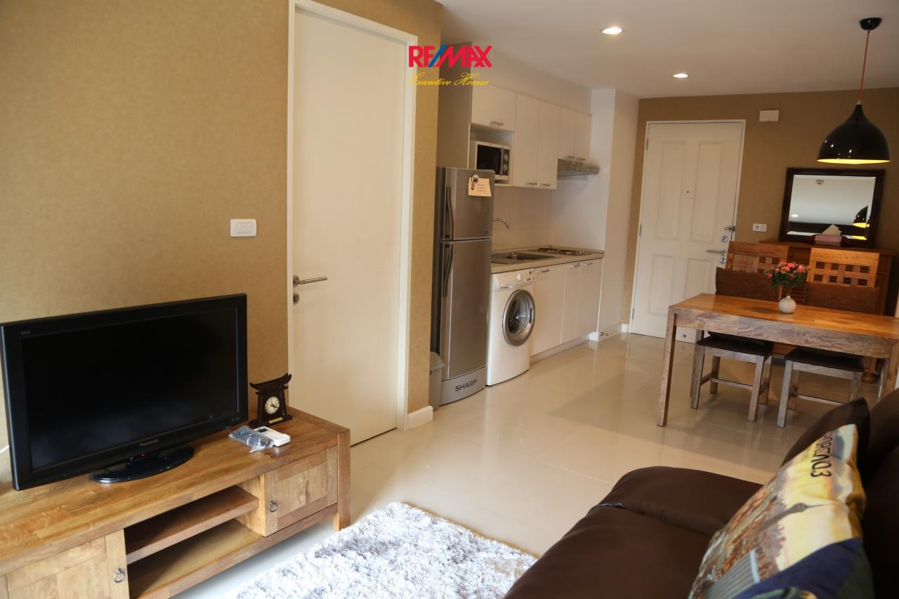 RE/MAX Executive Homes Agency's Nice 1 Bedroom for Rent Clover Thonglor 1