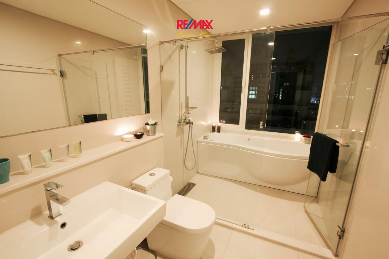 RE/MAX Executive Homes Agency's Stunning 2 Bedroom for Rent IVY Thonglor 5
