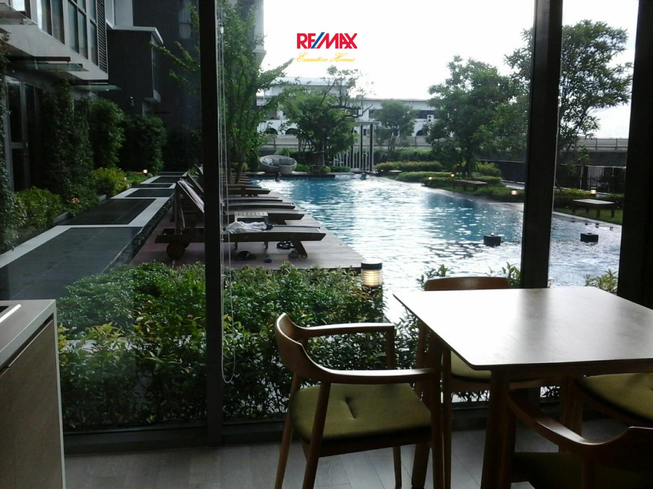 RE/MAX Executive Homes Agency's Nice 1 Bedroom Duplex for Rent Ideo Mobi Sukhumvit 2