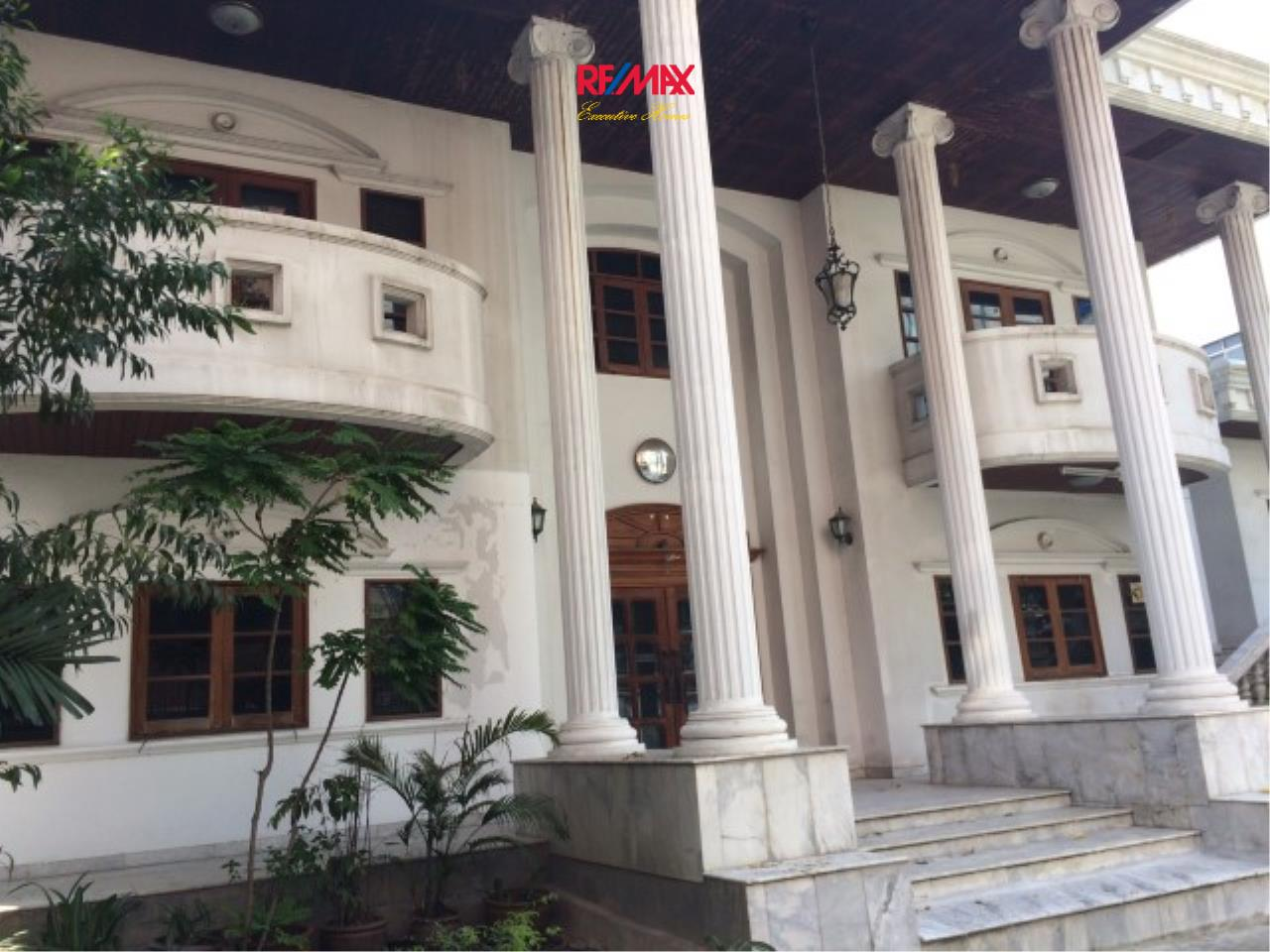 RE/MAX Executive Homes Agency's Spacious 4 Bedroom House for Sale Srinakarin 38 7