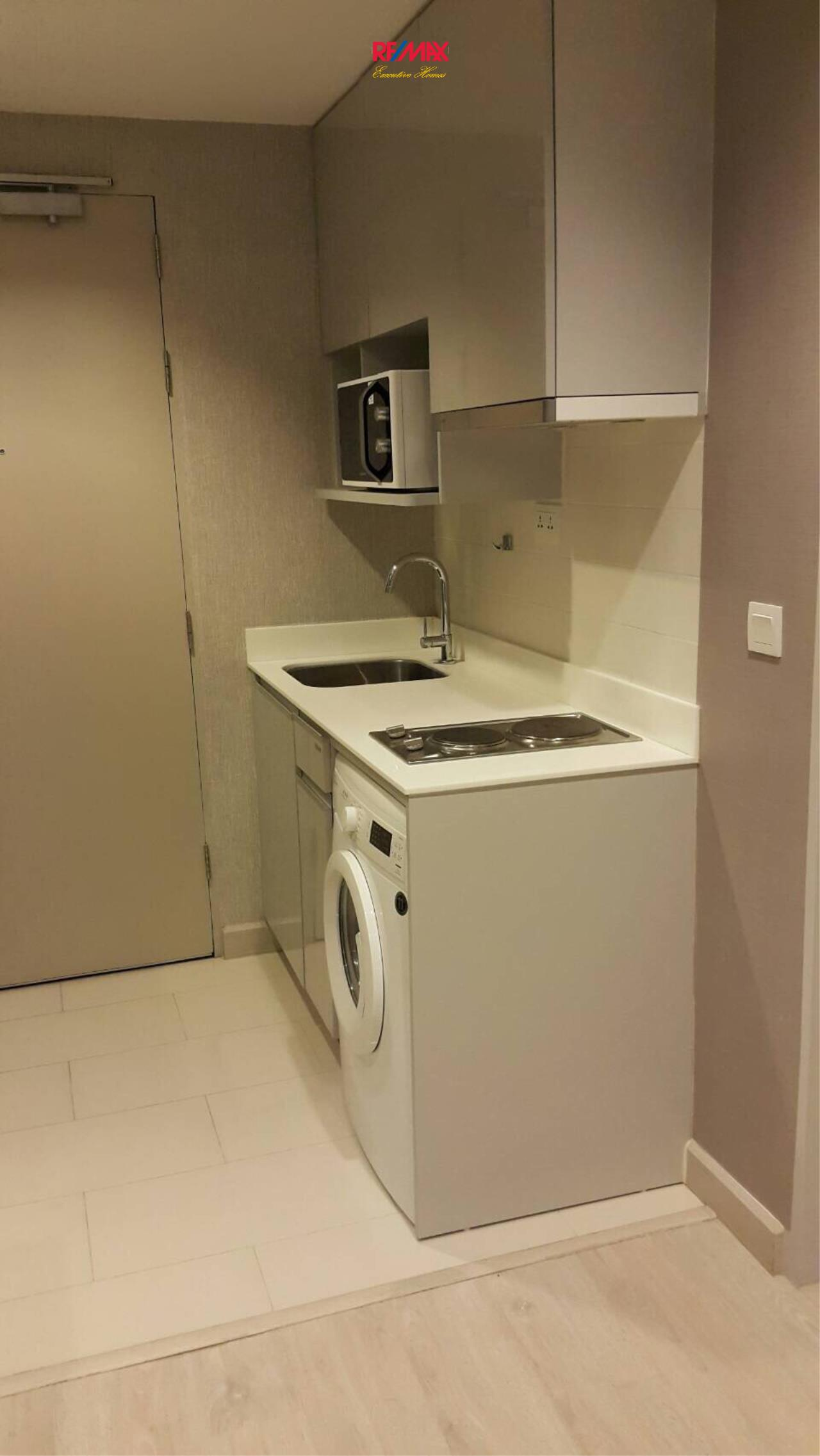 RE/MAX Executive Homes Agency's Nice 1 Bedroom for Rent Ideo Mobi Sathorn 10