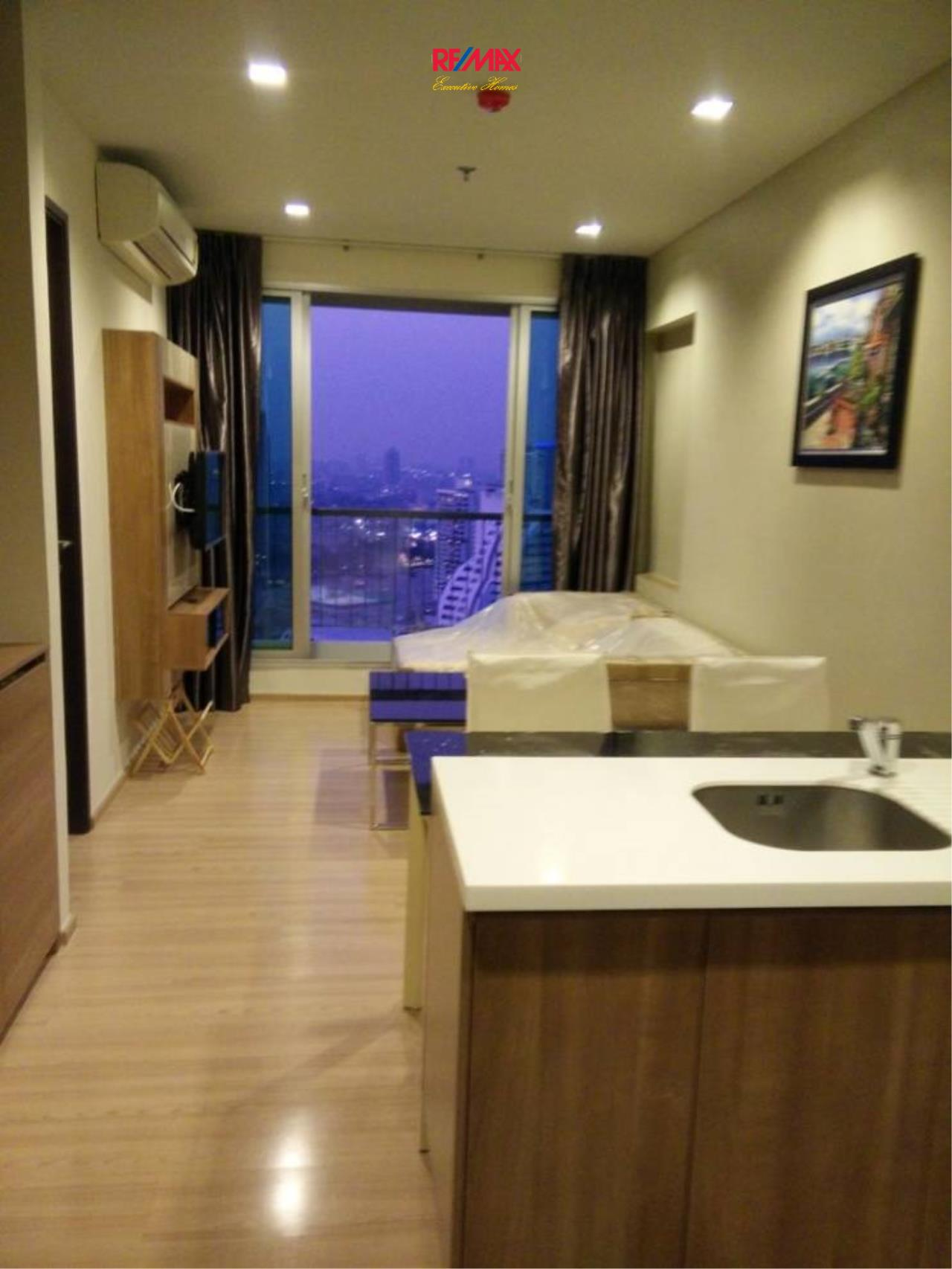 RE/MAX Executive Homes Agency's Nice 1 Bedroom for Rent  and Sale Rhythm Sathorn 4