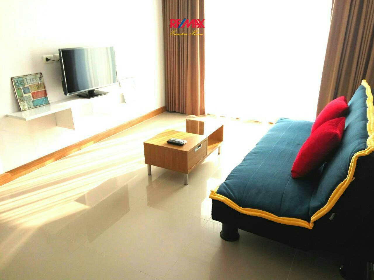 RE/MAX Executive Homes Agency's Spacious 1 Bedroom for Rent Supalai River Resort 1