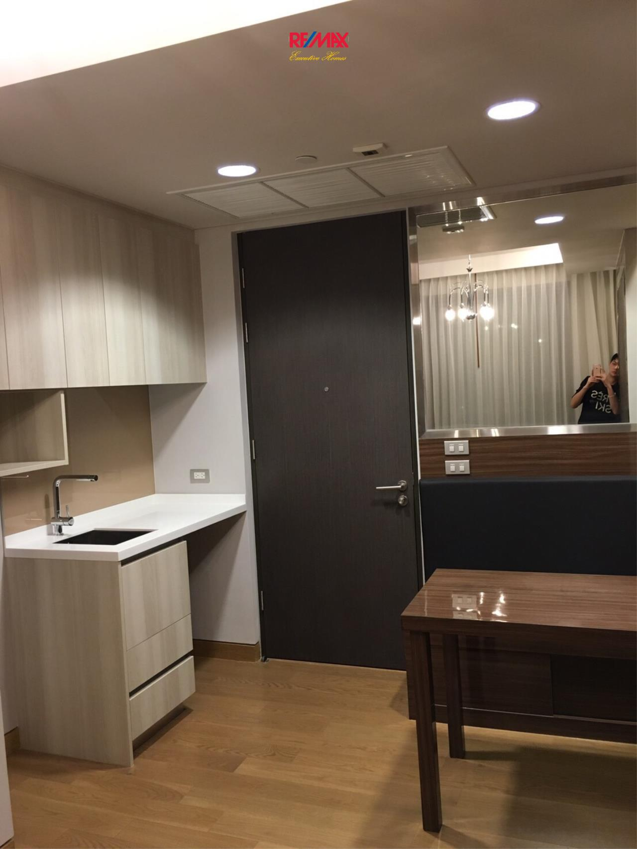 RE/MAX Executive Homes Agency's Nice 1 Bedroom for Sale Lumpini 24 7