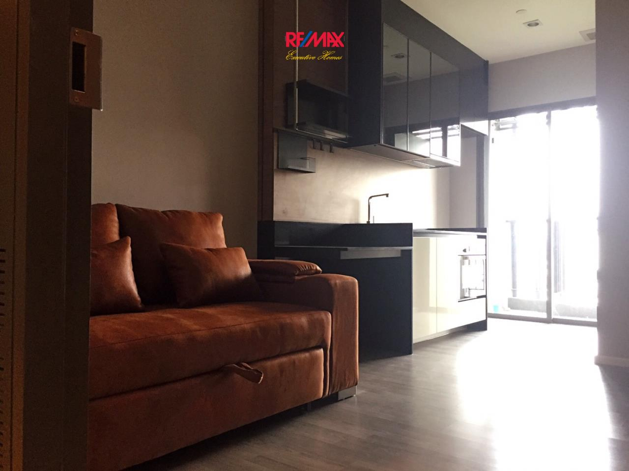 RE/MAX Executive Homes Agency's Stunning 1 Bedroom for Sale The Room Sathorn Taksin 1