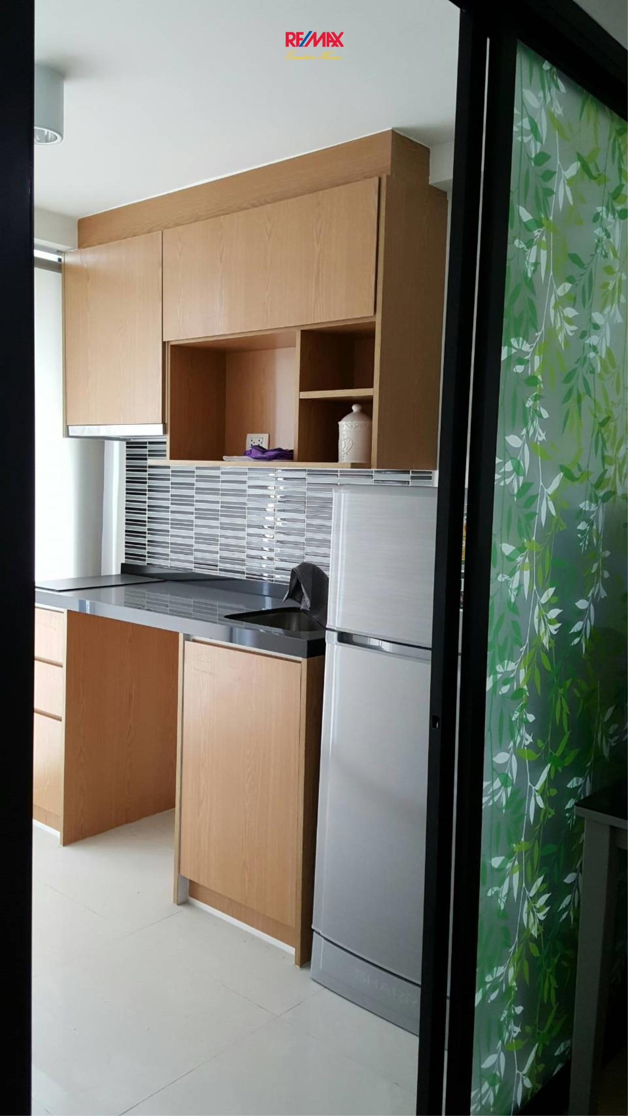 RE/MAX Executive Homes Agency's Nice 1 Bedroom for Rent and Sale Bangkok Feliz 69 11