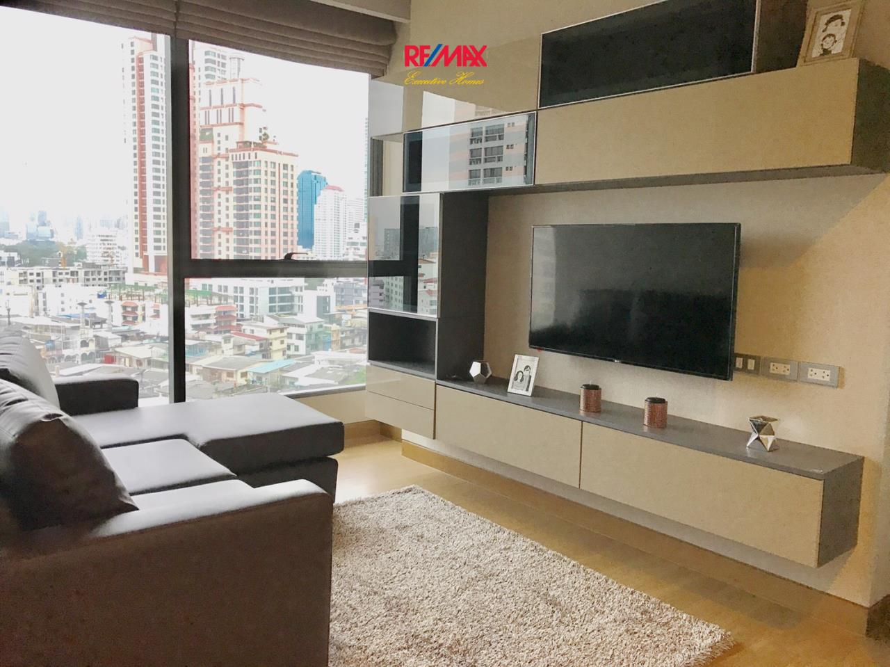 RE/MAX Executive Homes Agency's Beautiful 1 Bedroom for Rent Lumpini 24 2