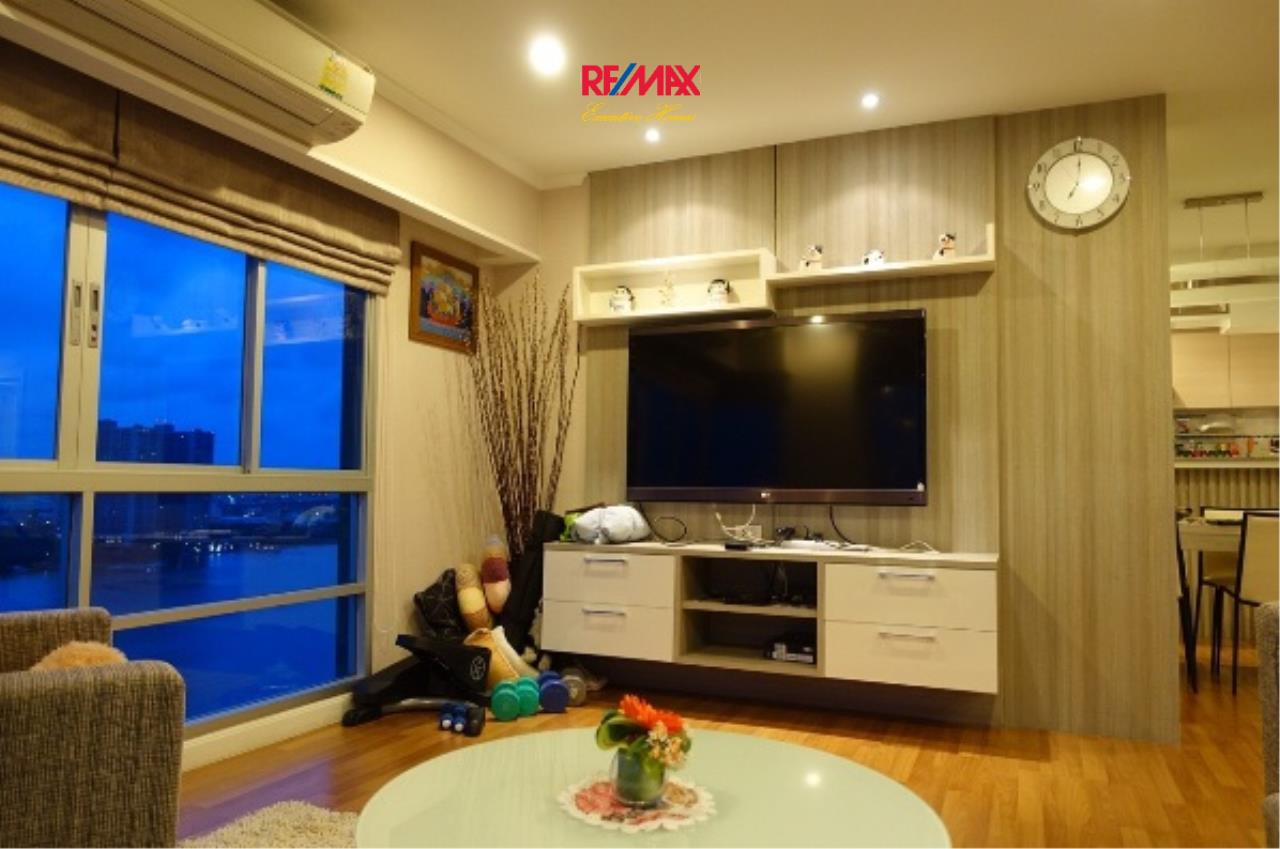 RE/MAX Executive Homes Agency's Spacious 3 Bedroom for Rent Lumpini Park Riverside Rama 3 1
