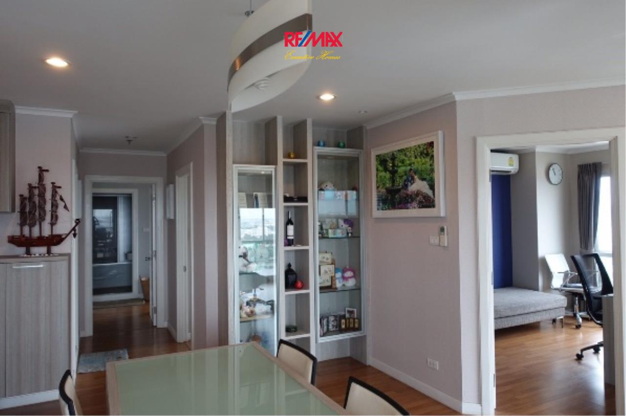 RE/MAX Executive Homes Agency's Spacious 3 Bedroom for Rent Lumpini Park Riverside Rama 3 3