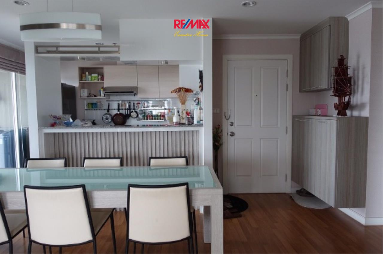 RE/MAX Executive Homes Agency's Spacious 3 Bedroom for Rent Lumpini Park Riverside Rama 3 4