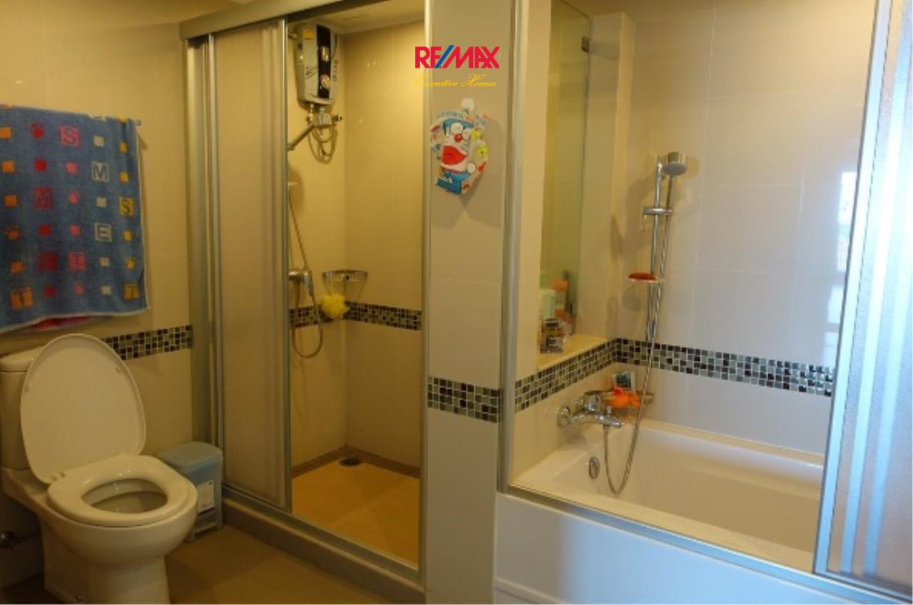 RE/MAX Executive Homes Agency's Spacious 3 Bedroom for Rent Lumpini Park Riverside Rama 3 5