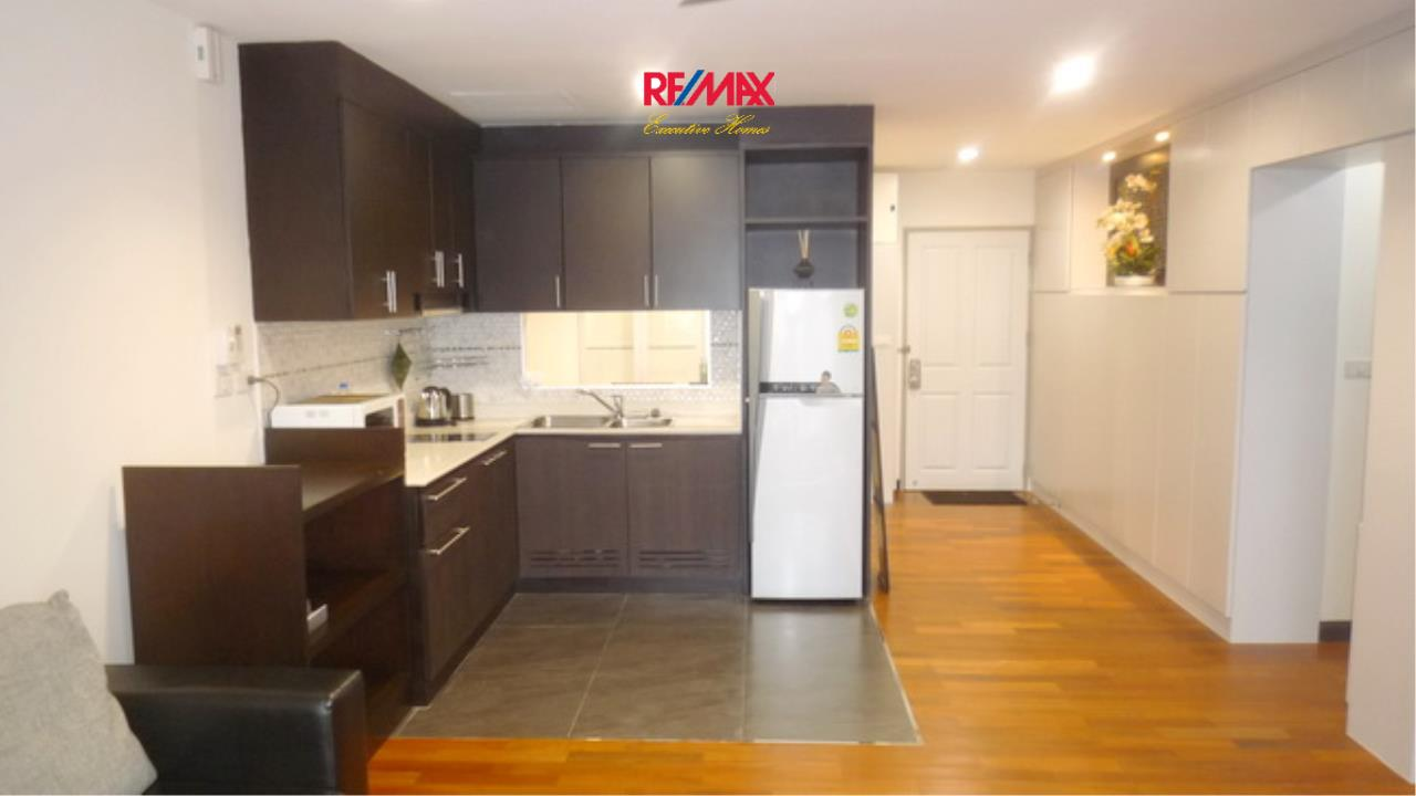 RE/MAX Executive Homes Agency's Beautiful 2 Bedroom for Rent Baan Sukhumvit  6