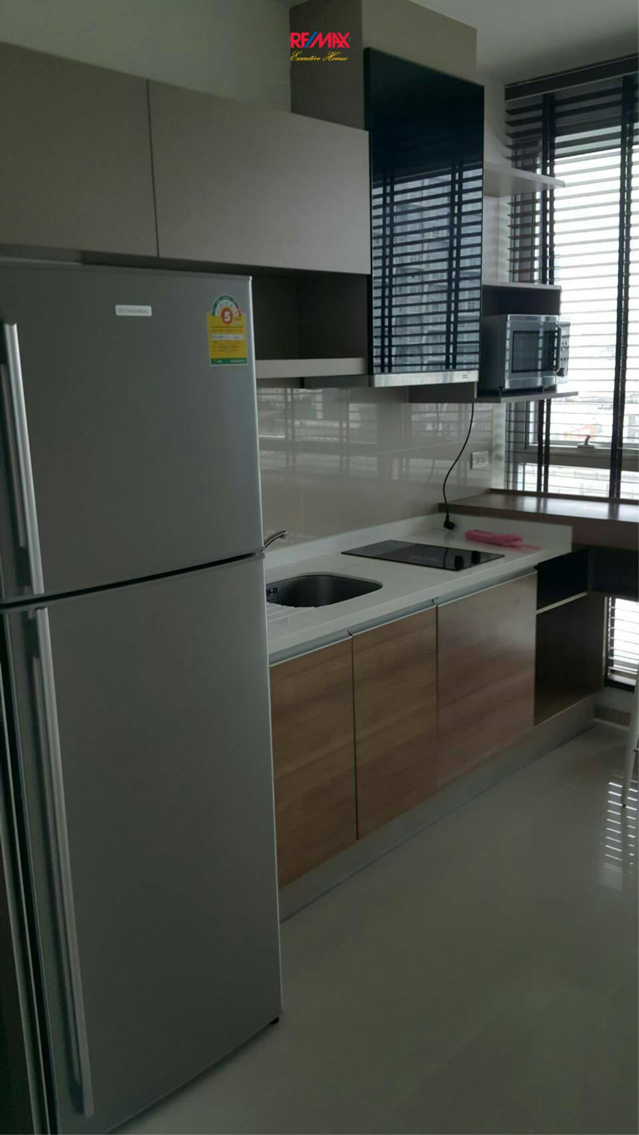 RE/MAX Executive Homes Agency's Nice 1 Bedroom for Rent Rhythm 50 12
