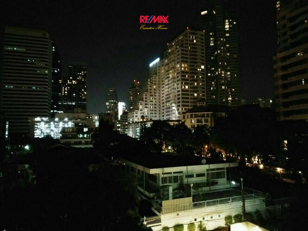 RE/MAX Executive Homes Agency's Spacious 1 Bedroom for Sale Voque Sukhumvit 16 9
